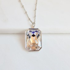 Clear large crystal pendant