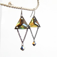 Trinity Earrings in Tabac